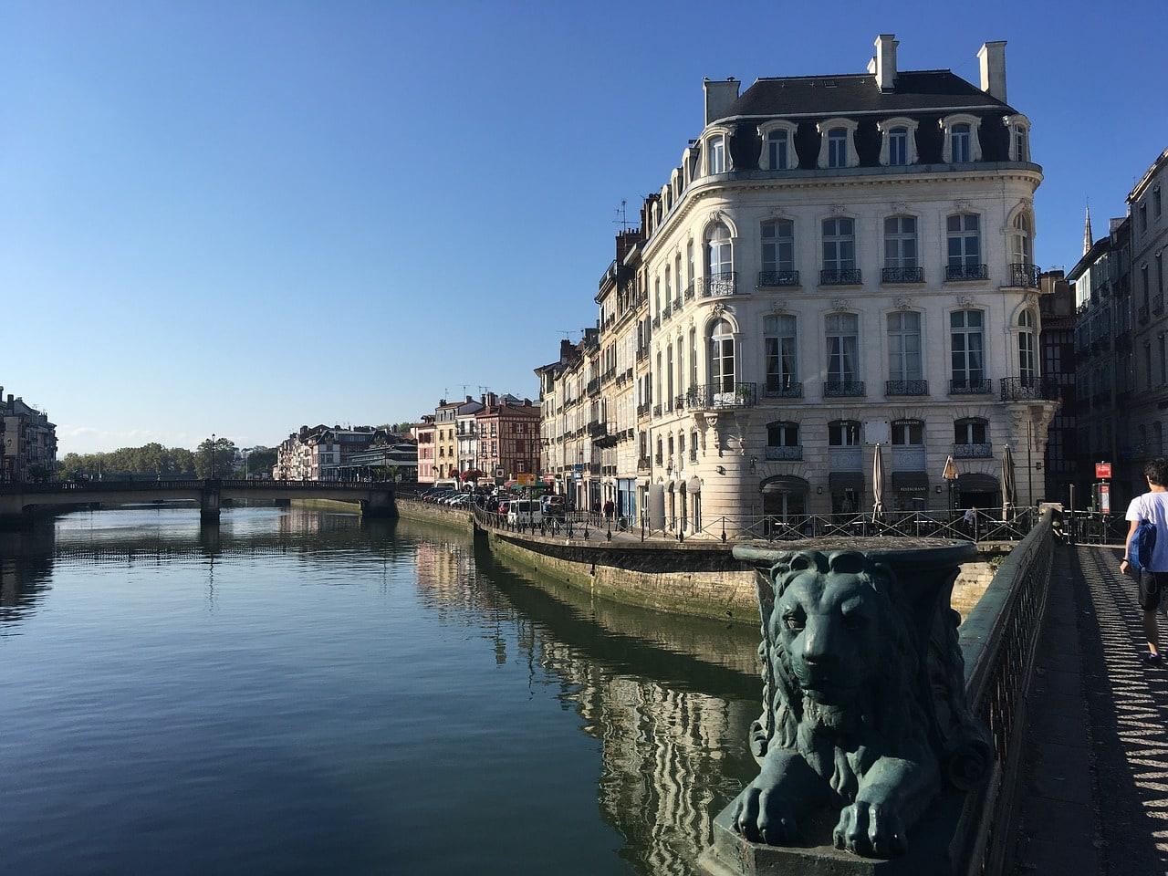 Bayona, sur de Francia