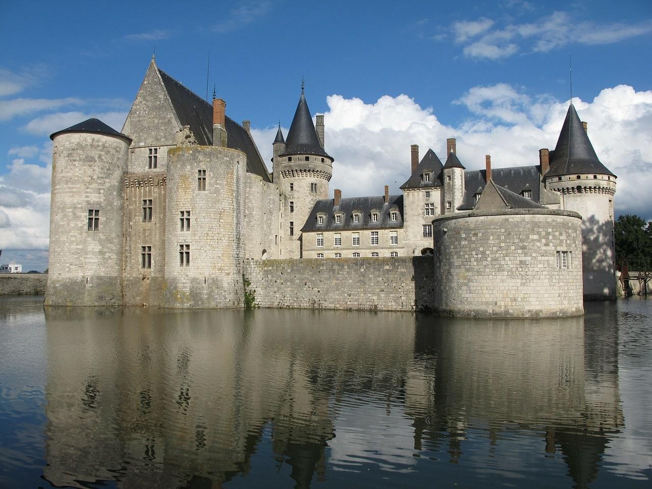 Castillo de Sully-sur-Loire, Valle de Loira