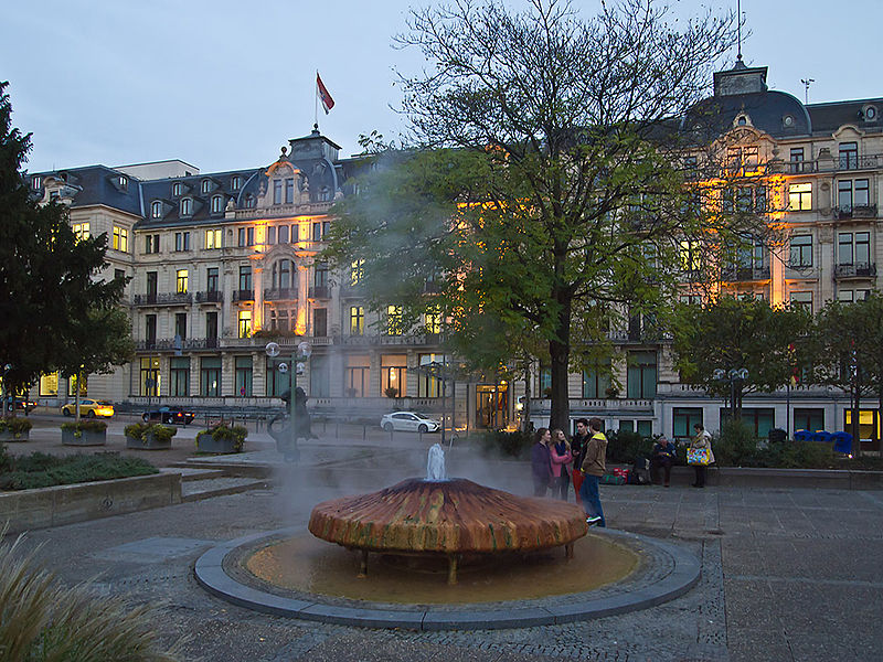 Plaza Kochbrunnen, Wiesbaden