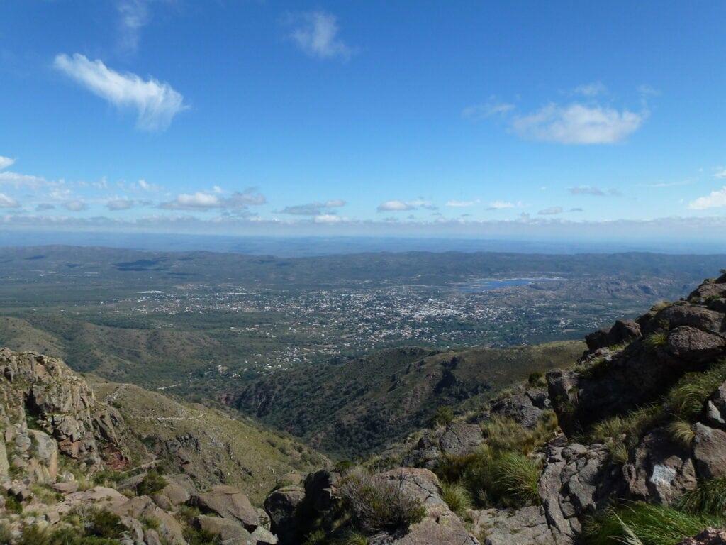 Vistas desde lo alto del Cerro Uritorco