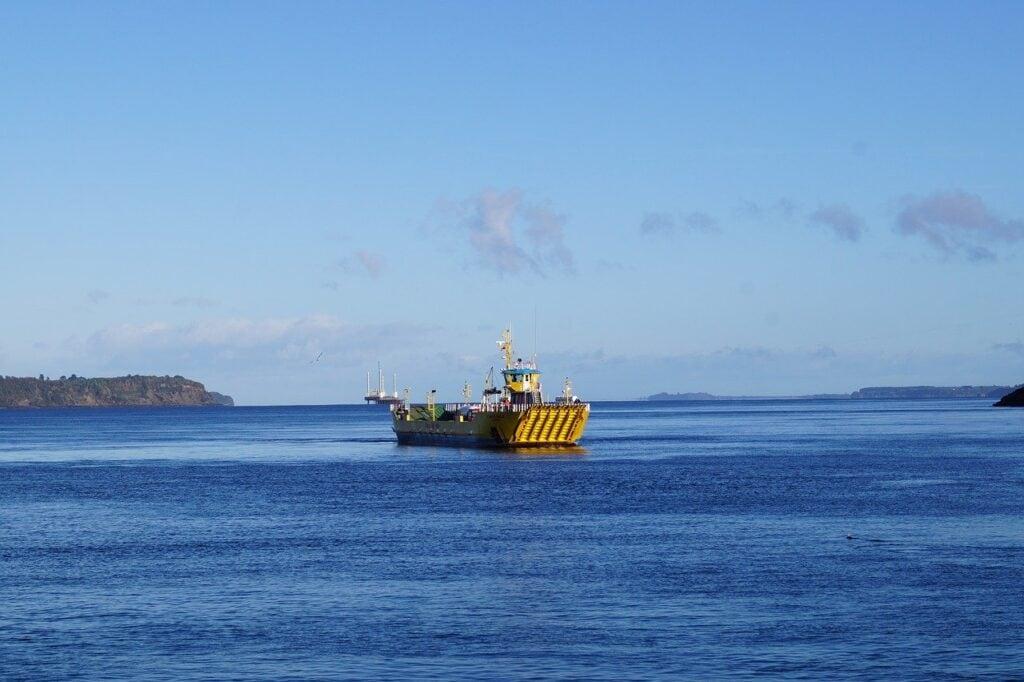 Canal de Chacao, isla Grande de Chiloé