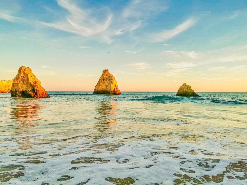 Praia-Três-Irmãos-Portugal