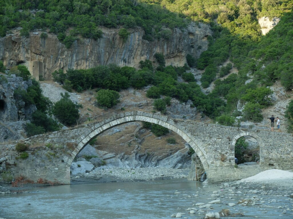 puente-kadiut-Albania